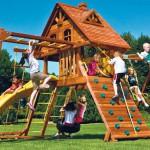 Всем управляющим организациям Хабаровского края в короткие сроки провести обследование детских игровых площадок