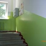 В Южно-Сахалинске приступили к ремонту подъездов