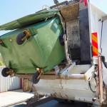 Россиянам могут предложить новый способ оплаты вывоза мусора