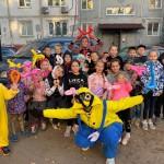 В Хабаровске жители дома организовали праздник двора